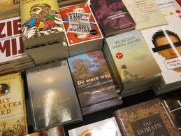 Lezen, lenen en kopen van boeken zit in de lift, Mediafacts, MediaFacts