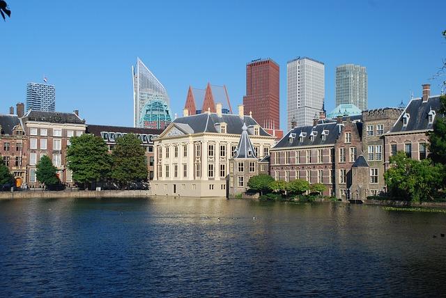 Tweede Kamer stemt in met komst noodfonds journalisten, Hans van der klis, MediaFacts