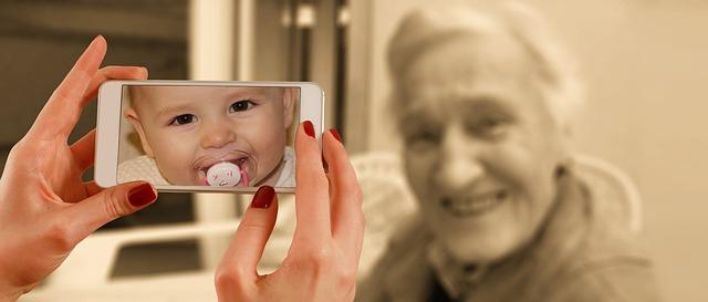 Steeds meer ouderen op sociale media