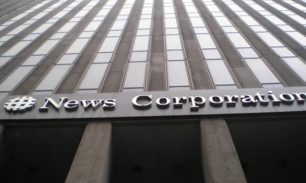 Mediamagnaat Murdoch: Facebook moet betalen voor nieuws, Hans van der klis, MediaFacts