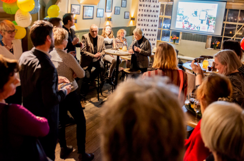 De 9 Tuindorpen Tocht wint De Amsterdamse Communicatie Prijs