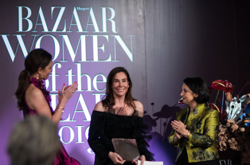 Halina Reijn wint Harper's Bazaar Woman of the Year Award 2019